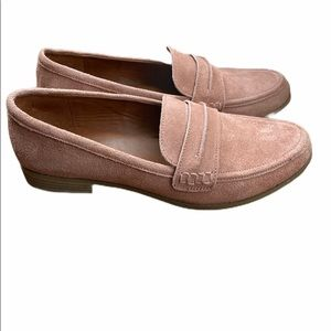 Universal Thread pink loafers, size 11